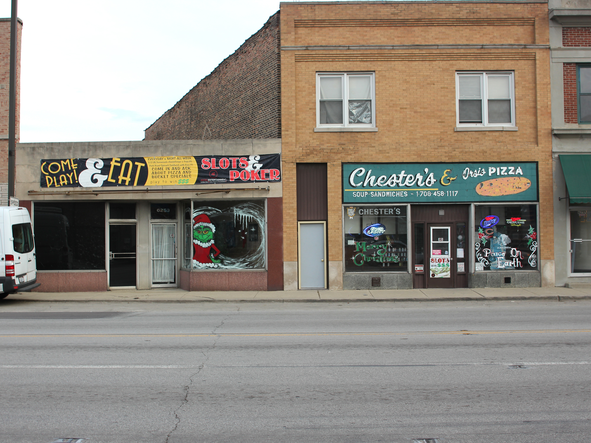 CHICAGO HISTORY IN A PIZZA: CHESTER'S & ORSI'S IN SUMMIT
