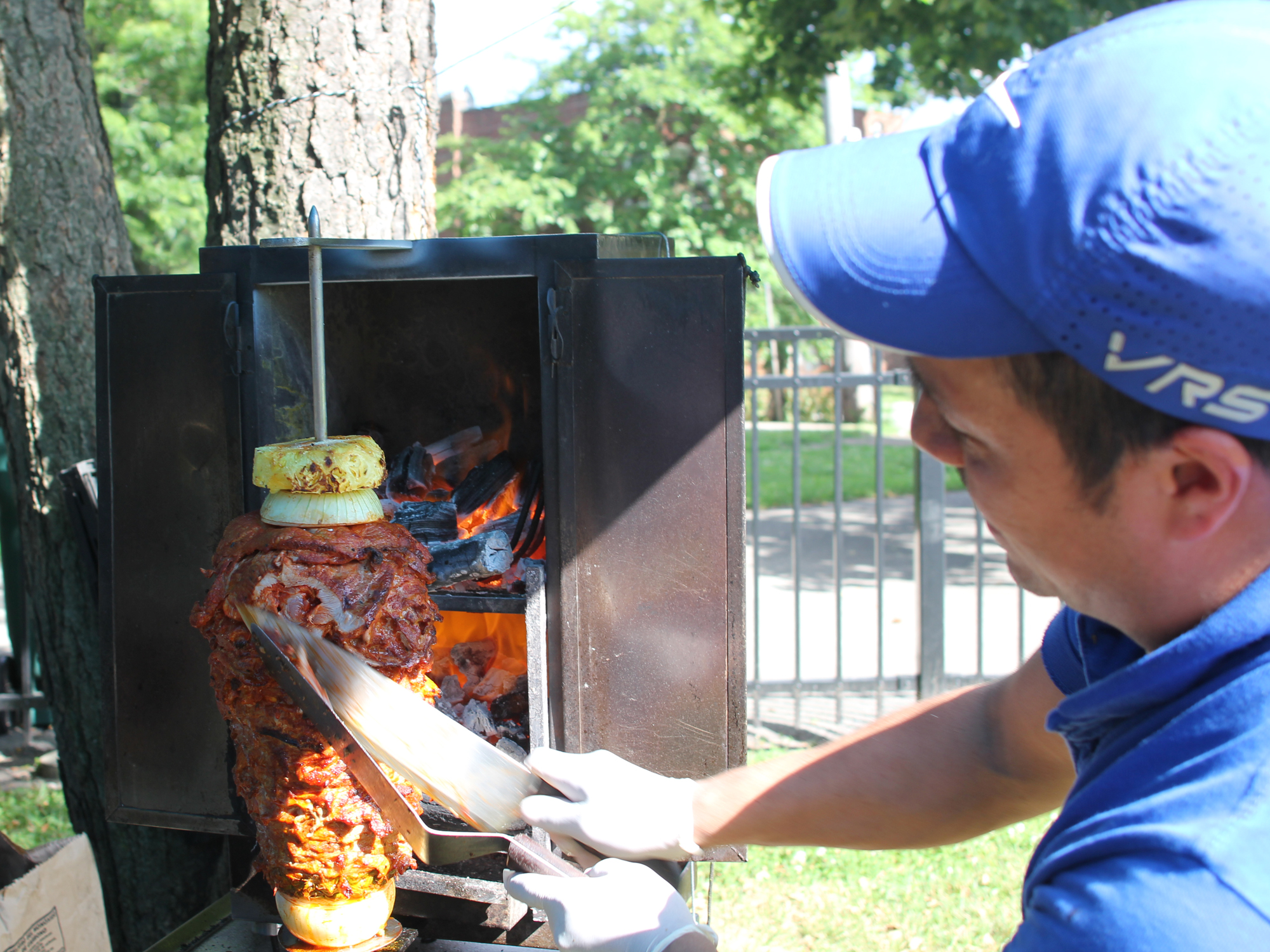 IN SEARCH OF CHICAGO'S MOST AUTHENTIC TACOS AL PASTOR MAKER