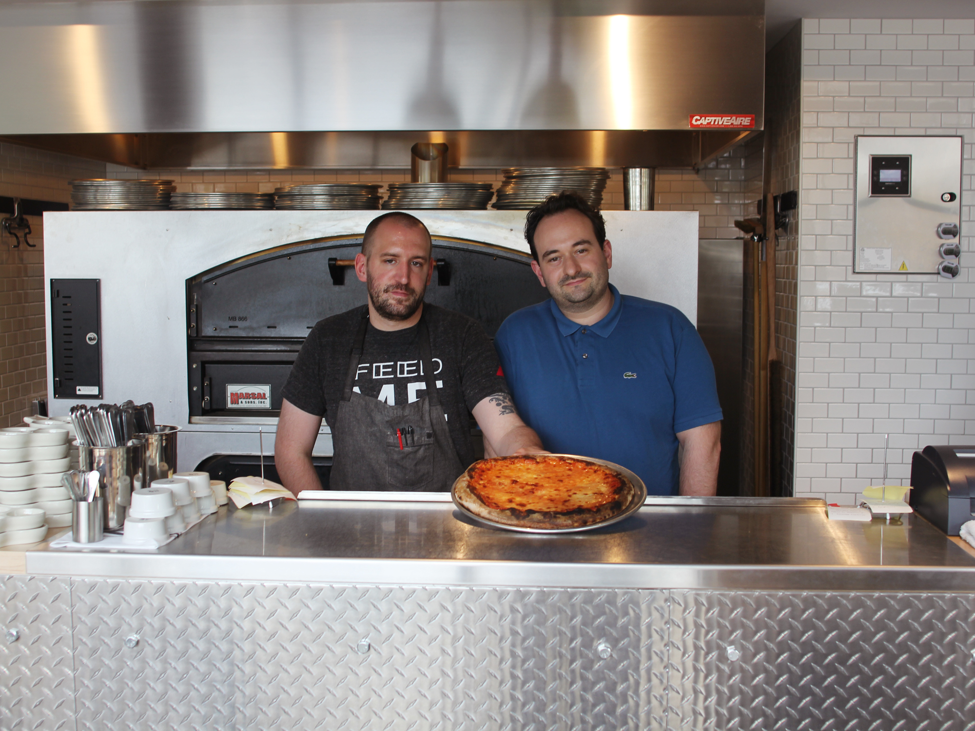 THEY TURNED FAMILY MEAL INTO A PIZZERIA OF THEIR OWN
