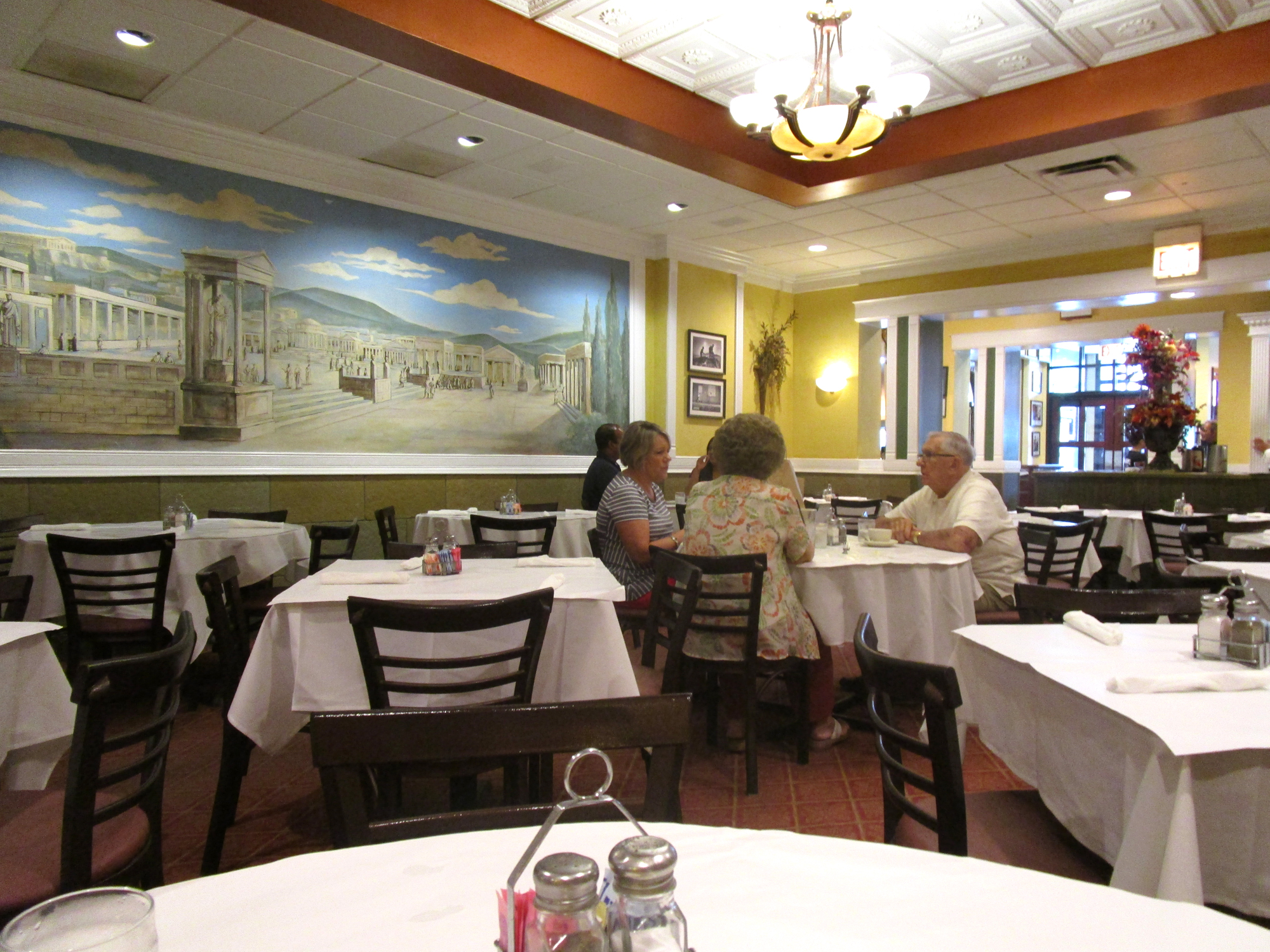 FOODITOR RADIO: THE PARTHENON FALLS, BUT CHICAGO MARCHES ON