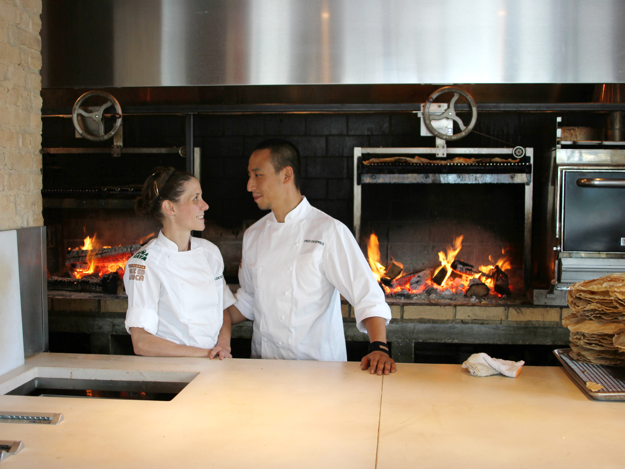 MEET THE COUPLE WHO RUN RICK BAYLESS'S NEW LEÑA BRAVA