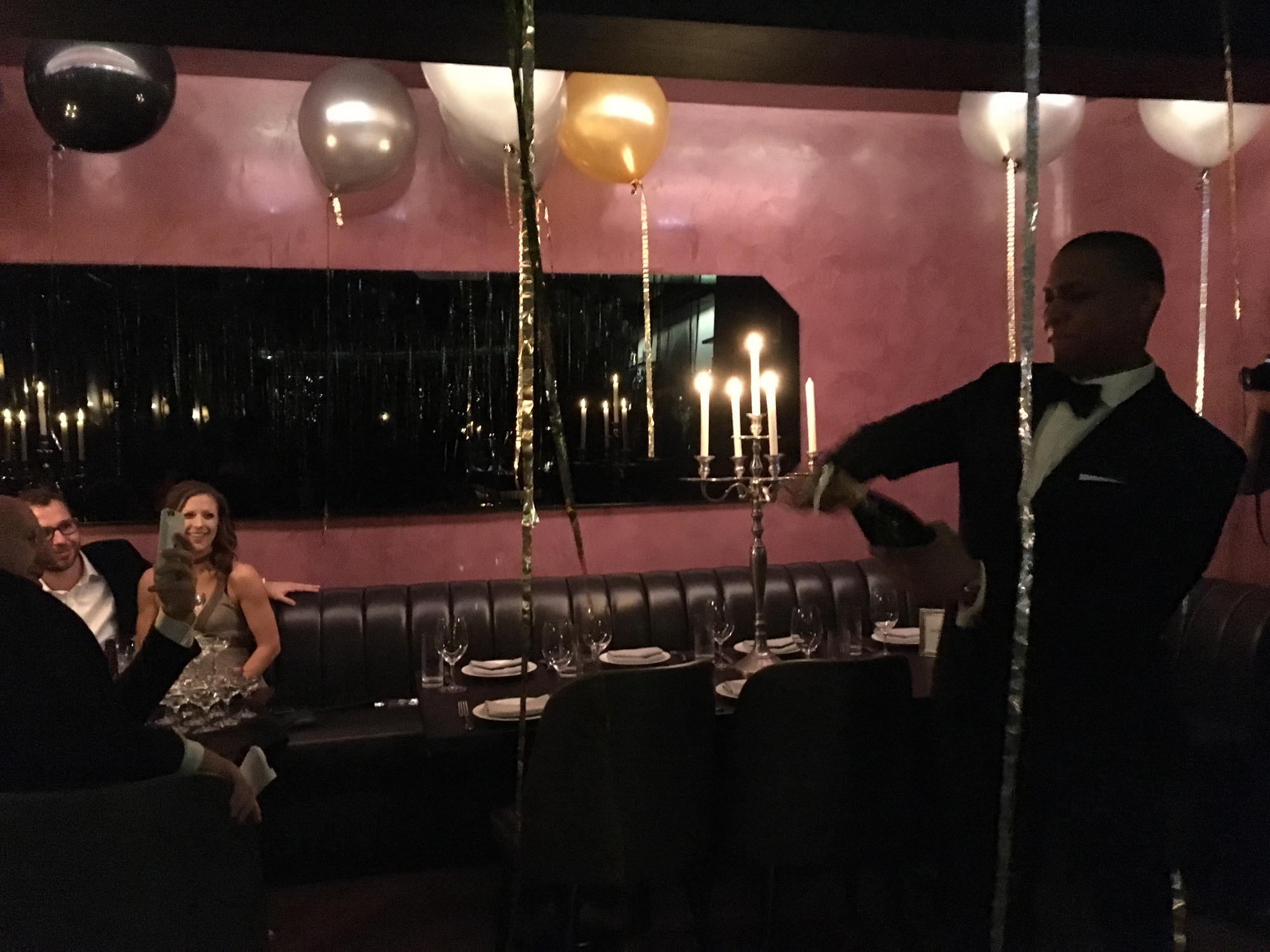FOOD WRITER WORKS NEW YEAR'S EVE AT CHICAGO STEAKHOUSE!