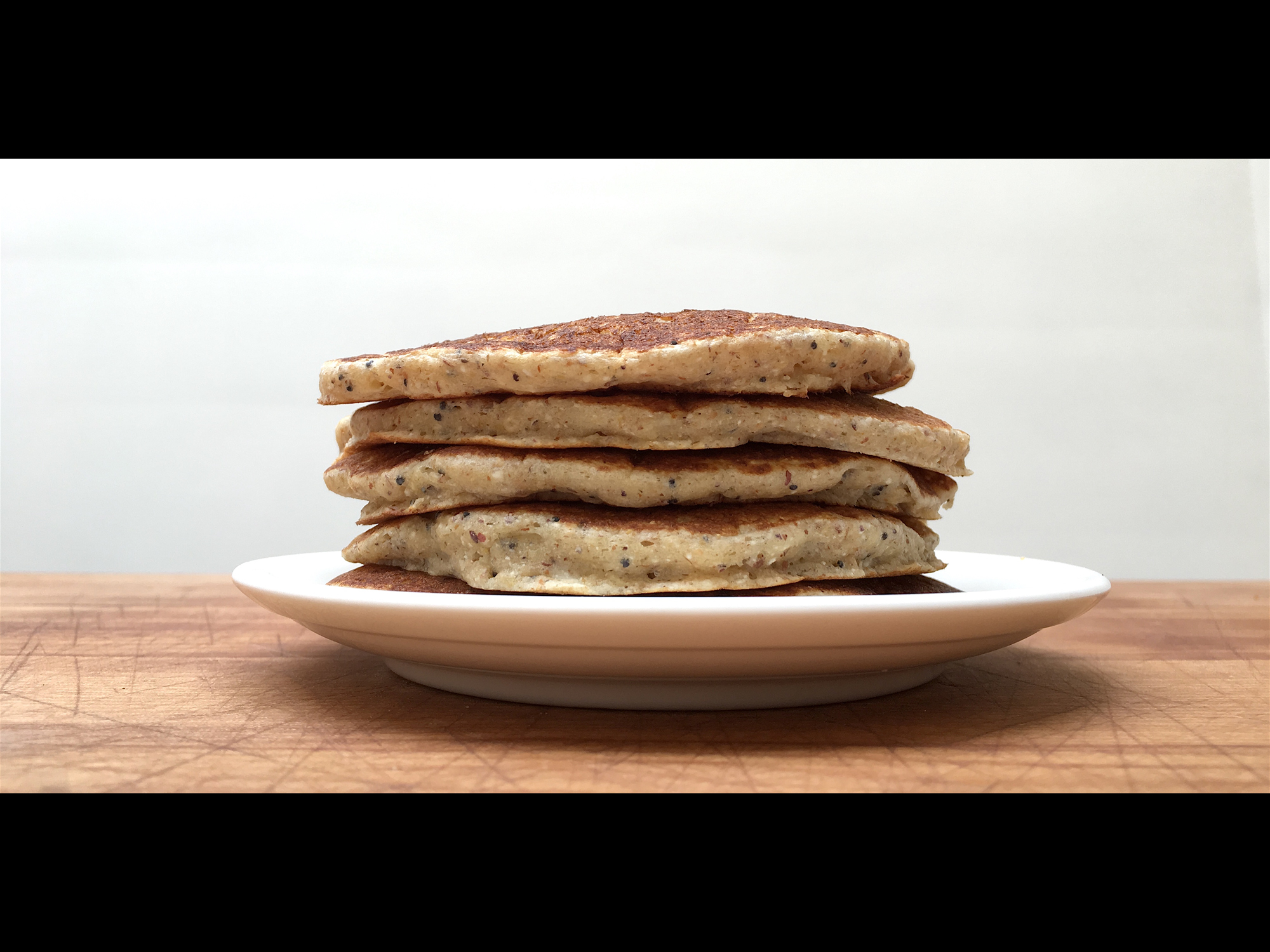 AN ACTOR'S LOVE FOR PANCAKES SPURS A LINE OF HERITAGE MIXES